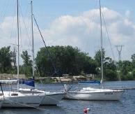Яхта в Киеве посуточно другие производители
